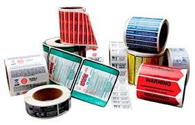 Rótulos e etiquetas adesivas para segmentos diversos